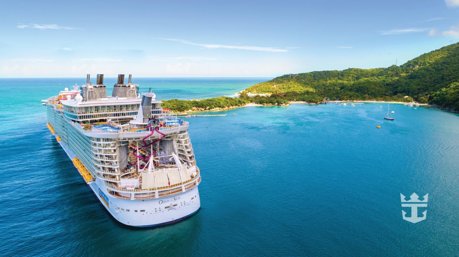 Oasis of the Seas Aerial
